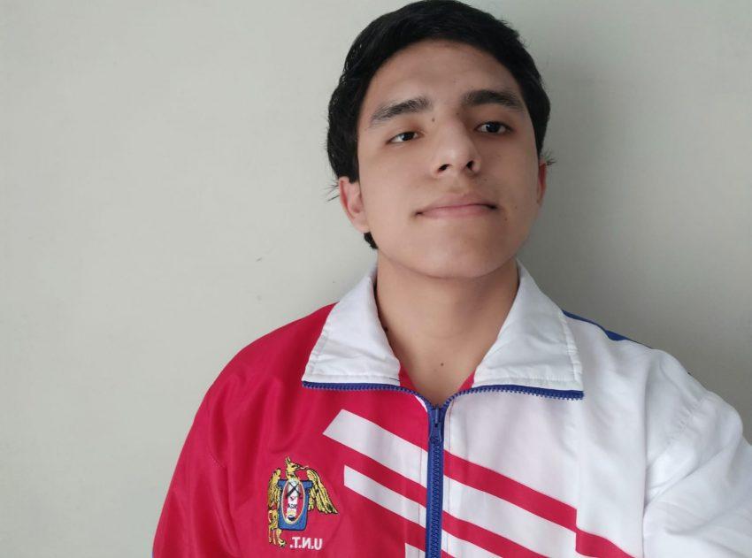 Juan José Rodríguez Angulo alumno de la UNT