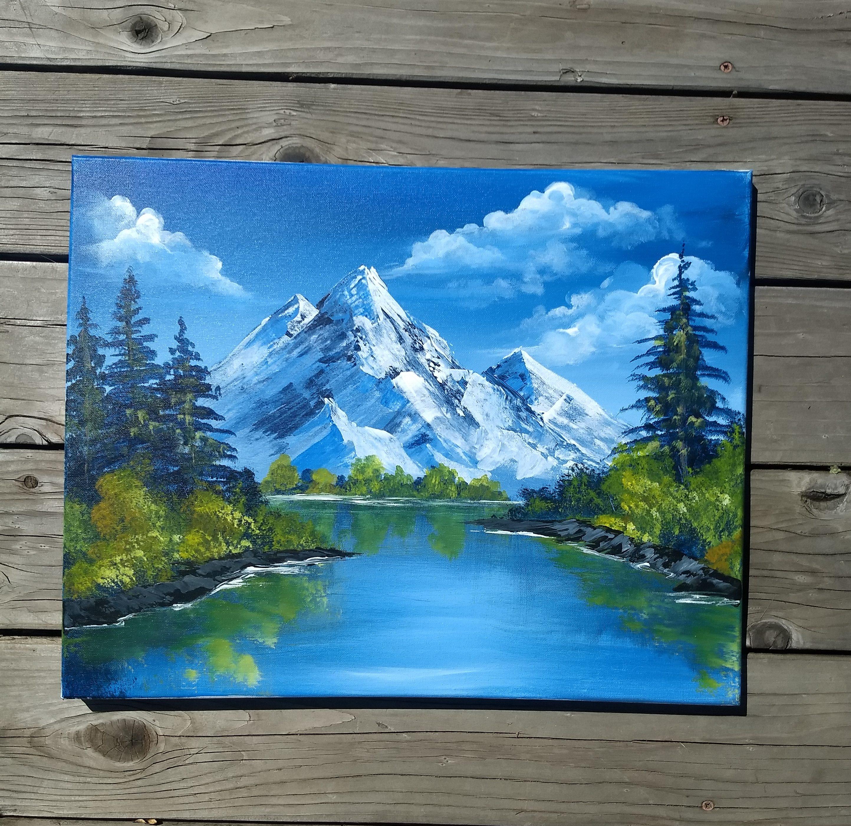 mountains on the lake