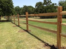 Cedar Split Rail Fence with Wire
