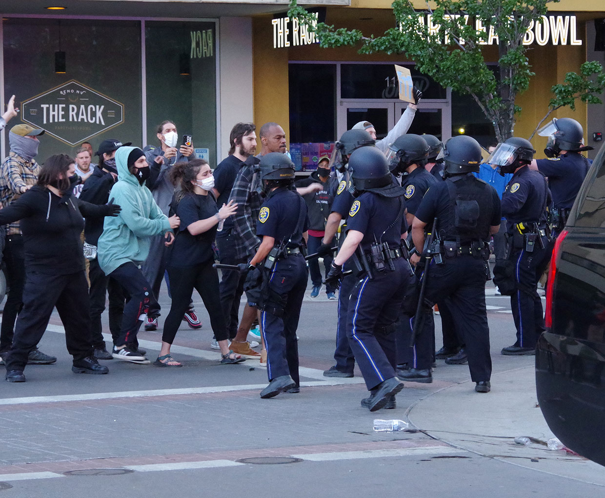 Rioters Clash With Police At Reno City Hall City County Issue