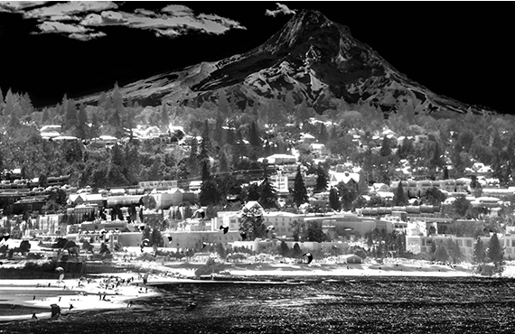 Image of Hood River taken by midwave-infrared camera