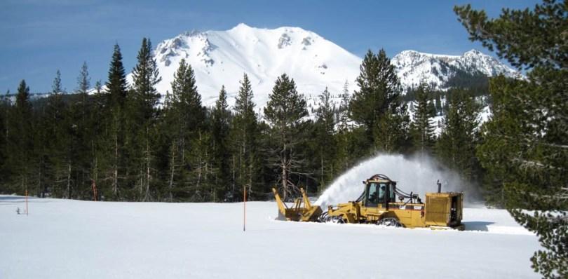 lassen volcanic snow plow