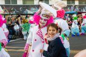 Главное шествие карнавала на Тенерифе в 2016 году — участница шествия в повара