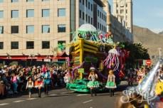 Карнавал на Тенерифе — машина в виде пиратского корабля