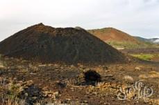 Холм недалеко от вулкана Чиньеро