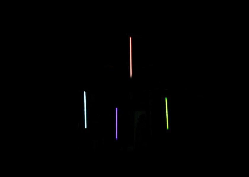 """Instalación lumínica de """"Sputtering"""""""