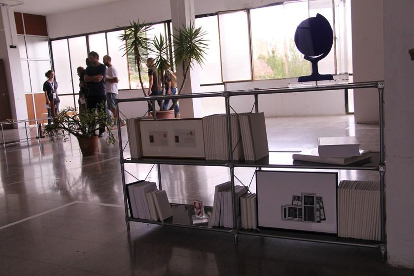 Detalle de la expo comisariada por Joana Hurtado en L'Hospitalet