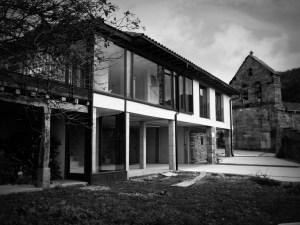 Fachada casa cuatro estaciones