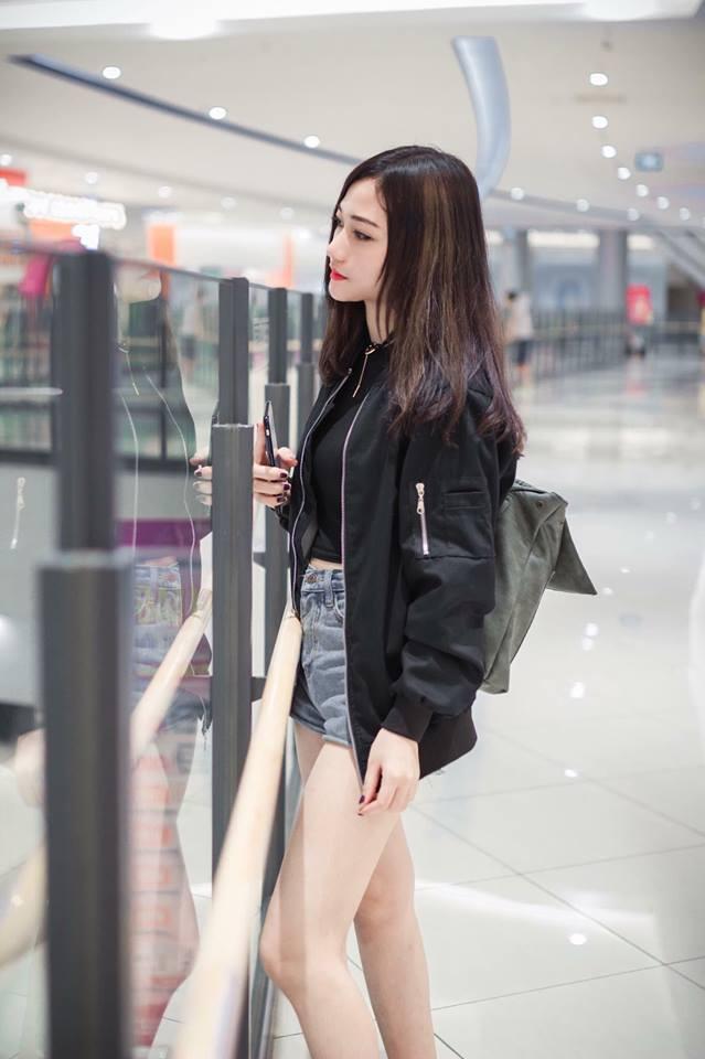 hot-girl-da-thao-xinh-dep-khien-facebook-nong-hoi (6)