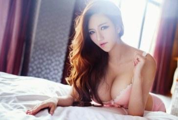 Wang Ming Ming khoe vếu khủng khiến phái mạnh điêu đứng