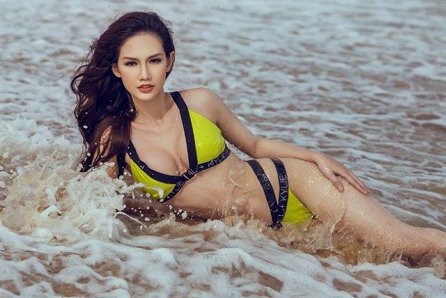 nong-bong-mat-vi-mai-ngam-quynh-chi-voi-bikini (5)