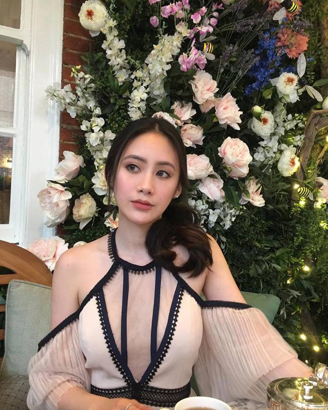 me-man-nang-hot-girl-Phoiphailin-Sivilay-dinh-dam-xu-lao (1)