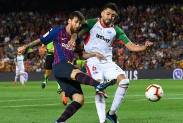 Barca chiêu mộ hậu vệ Chile để nâng cao hàng thủ