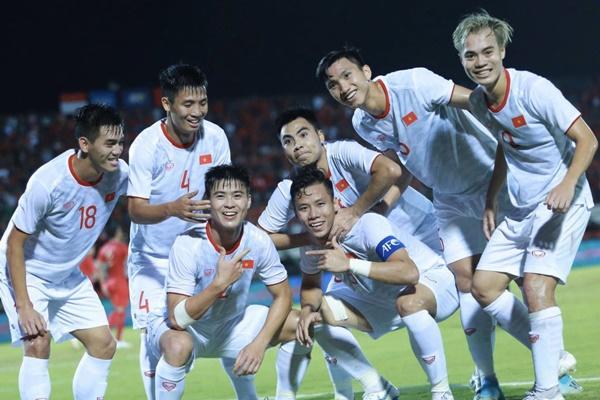 viet-nam-dung-truoc-co-hoi-lap-nen-thanh-tich-lich-su-tai-vong-loai-world-cup-1
