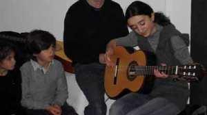 Téléthon 2010, élève guitare