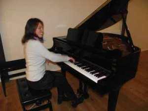 Téléthon 2010, professeur piano