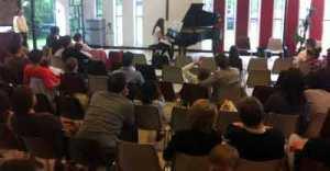 Eleve pianiste de l'école Si FaCil'