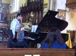 Sacha joue Beethoven à Pacha