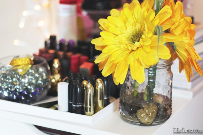 5 Ways I Update My Beauty Room for Spring