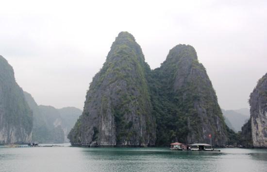 Han La Bay, Vietnam