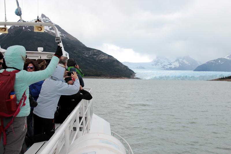 Siga na Viagem - Minitrekking sobre o Glaciar Perito Moreno - Área externa da embarcação