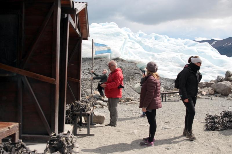 Siga na Viagem - Minitrekking sobre o Glaciar Perito Moreno - Refúgio na base do glaciar