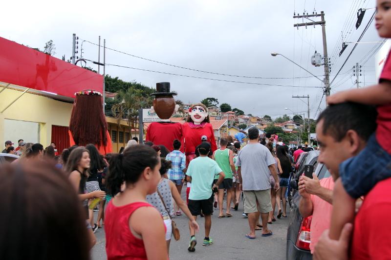 Siga na Viagem - I Encontro dos Bonecos Gigantes - Desfile dos bonecos