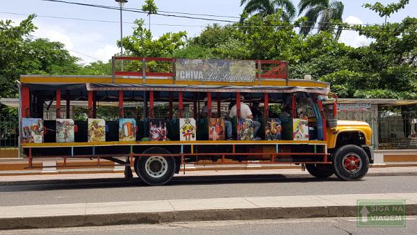 Siga na Viagem - O que fazer em Cartagena e San Andrés - Passeio de Chiva