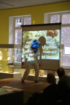 performance hetjens museum – 10