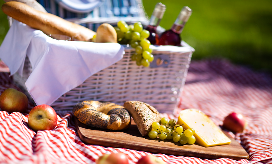 Pack a Picnic and Go – #SigHomesAdventures