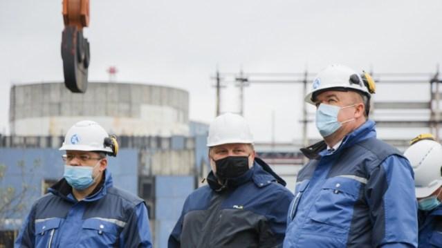 Construction work resumes on Khmelnitsky units