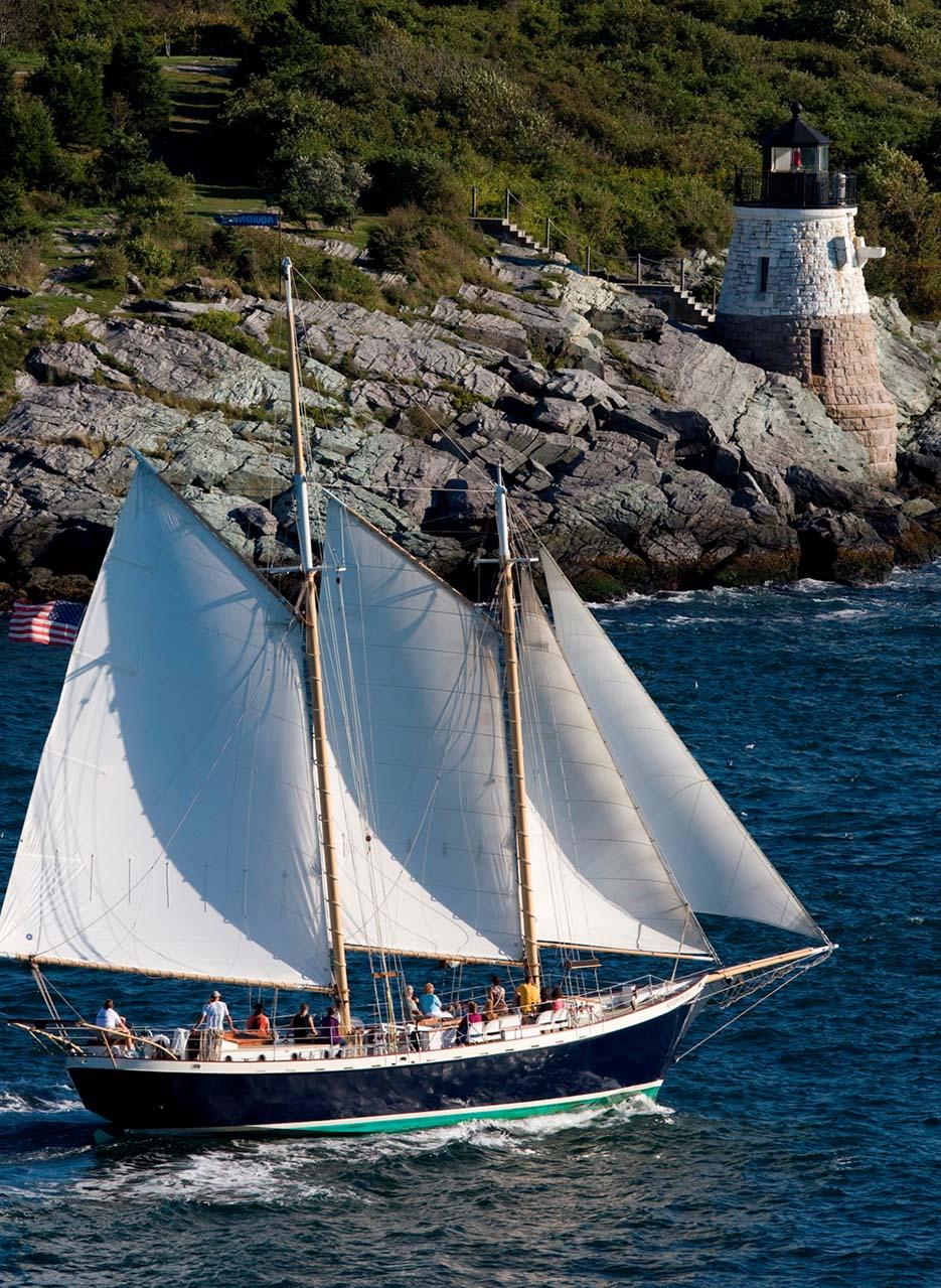 Schooner Aquidneck  Sightsailing of Newport