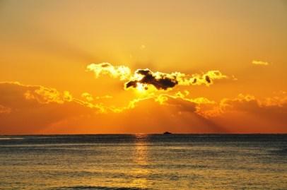 31Dec12 @ Haeundae Beach: My favourite sunrise to date