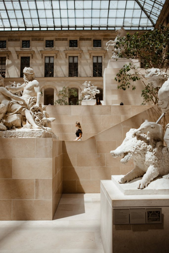 marble sculpture louvre france musee du louvre art hellentistic era greek statues travel creative photography