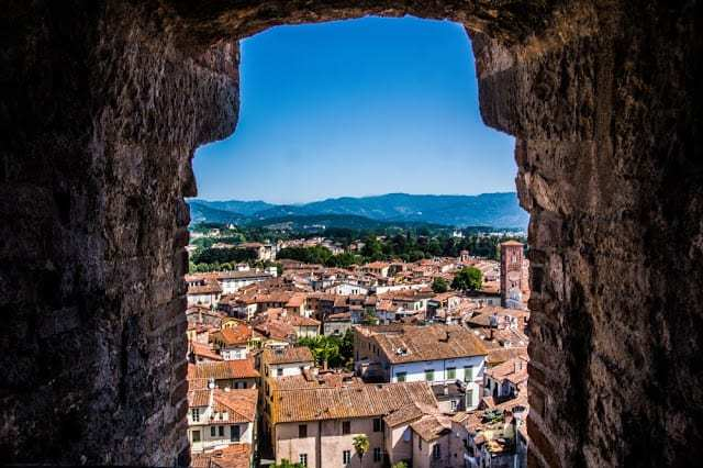 italia, travel to tuscany, visit lucca, lucca cathedral, piazza dell anfiteatro, things to do in lucca italy, lucca italy, tuscan city of lucca, lucca city walls,