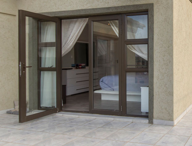 bulletproof glass windows
