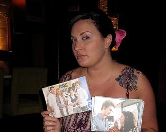 alliecupcake loves her Twi postcards