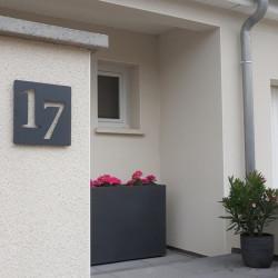 numeros decales plaque habitation inox avec peinture cuite au four 176x176 ou 195x130