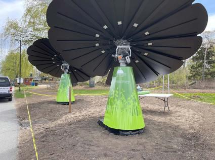 Unique Project: Solar Flower Wraps