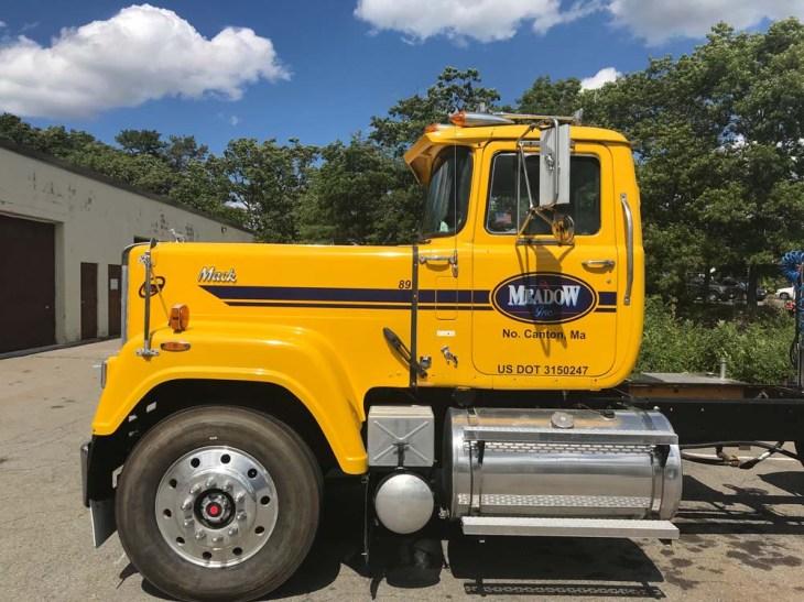 truck-graphics-0818-av