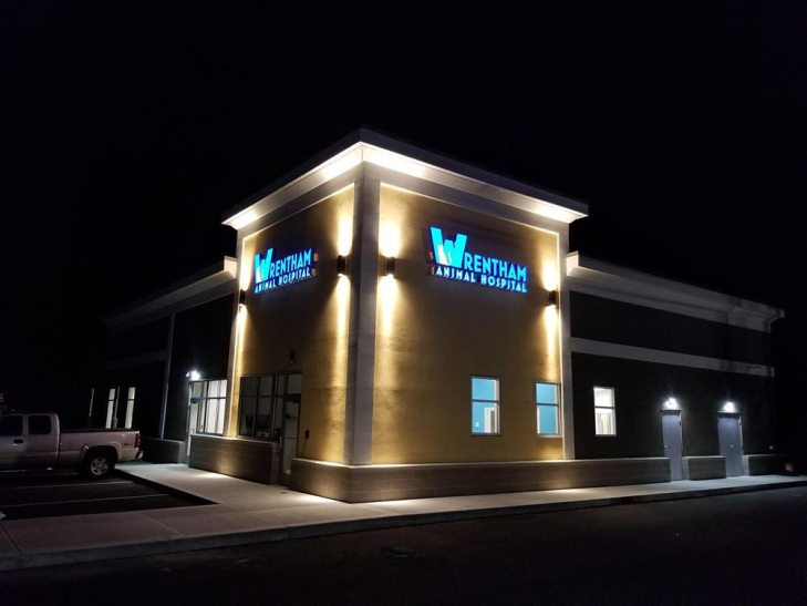 wrentham animal hospital illuminated sign