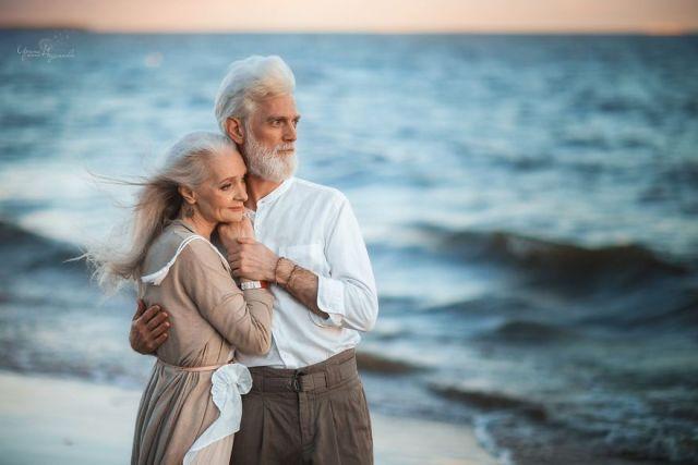 ideas, relationships, engagement, be-inspired - Beautiful portraits of elderly couple by photographer Irina Nedyalkova