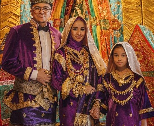 wedding, malaysia, celebrity - Indonesian Star Cynthia Bella Marries Malaysian Businessman, Engku Emran
