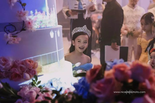 ideas, featured, etc, be-inspired - 7-Year-Old's Disney Princess-Themed Birthday Party Probably Outdo Most Weddings