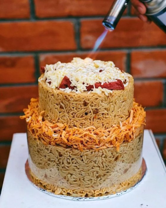 Absolutely Unique Wedding Cake...with Indomie.