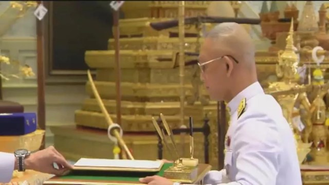 Thailand's King Named His Consort as Queen, 3 Days Before Coronation