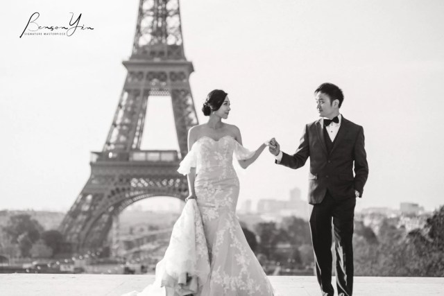 The Best Dramatic Destination Wedding Photography in Black & White