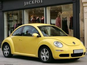 carro amarillo