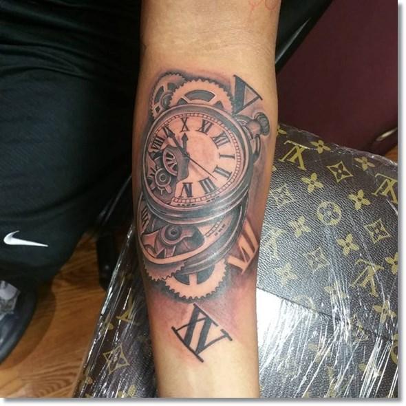 Mejores Tatuajes De Relojes Para Hombres Y Mujeres 2019