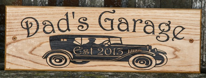 Oak sign with detailed image. The font is Harrington. The image is an adjusted version of VS401 ref - 1312.LW.072. http://www.sign-maker.net/wooden/elegant-timber-signs.htm